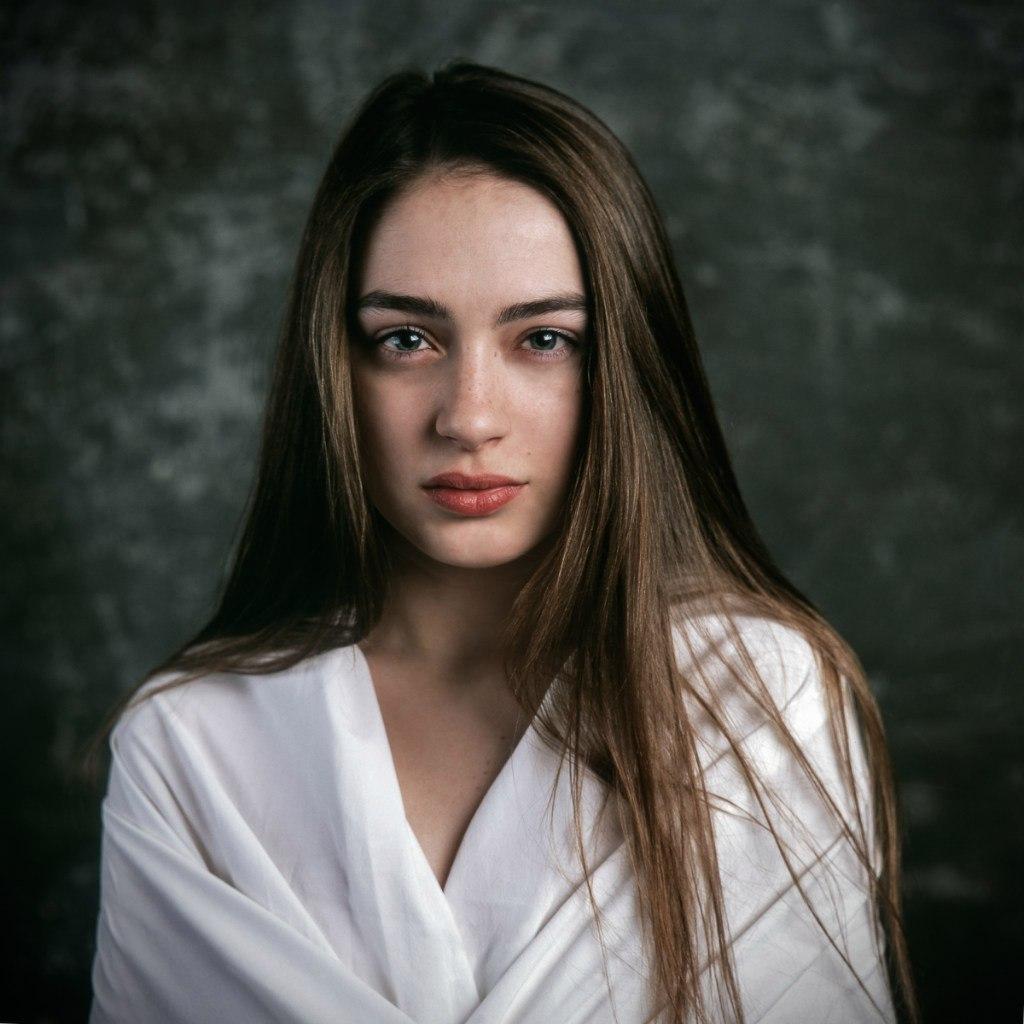 Галат Биография Девушка